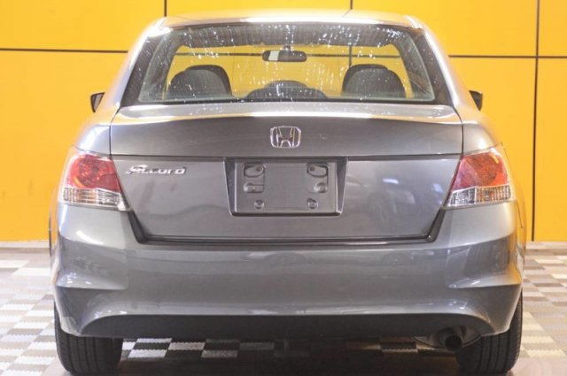 Pre-Owned 2009 Honda Accord Sdn LX-P