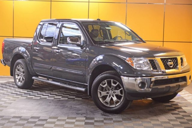Pre-Owned 2014 Nissan Frontier SL