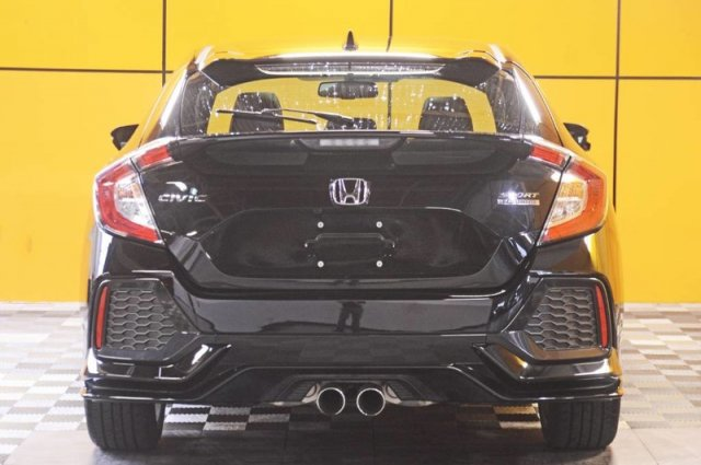 Certified Pre-Owned 2018 Honda Civic Hatchback Sport Touring